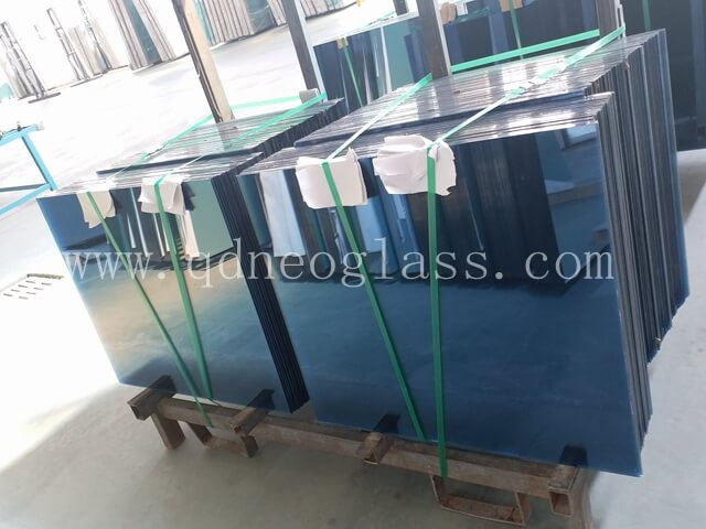 Blue Heat Strengthened Laminated Glass 3