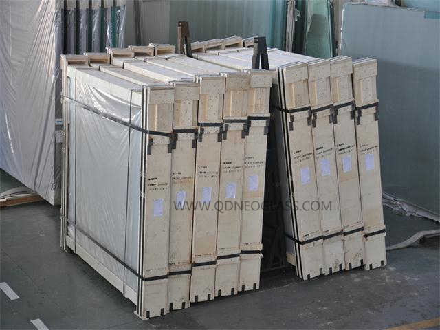 Grey Laminated Glass-AS/NZS 2208: 1996, CE, ISO 9002