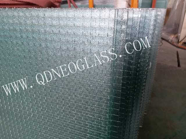 Tempered Wired Patterned Glass For Shower Partition Glass-AS/NZS 2208: 1996, CE, ISO 9002